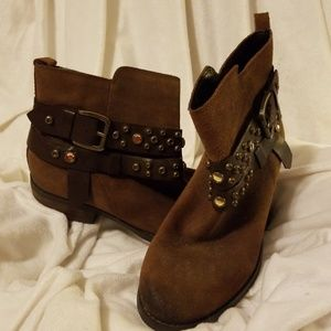 Guess Sabra Jeweled Brown distressed Leather Boot